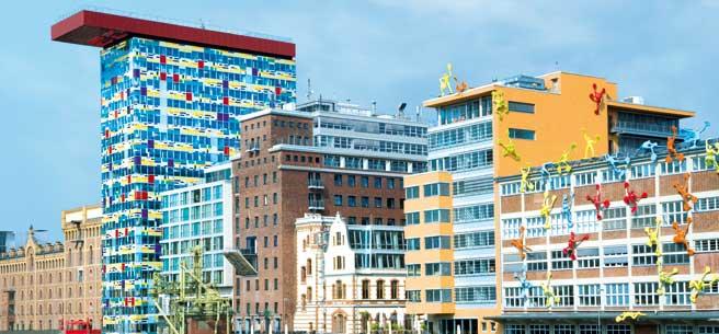 Duesseldorf-Medienhafen